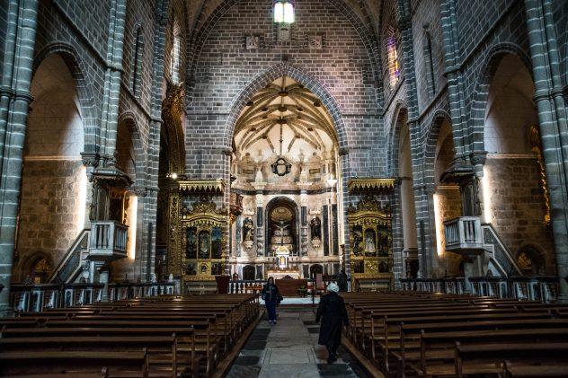 fau Fabio Augusto - 9 Novembro 2016 - PORTUGAL, Evora, Alentejo - Igreja de Sao Francisco, igreja de arquitectura gotico-manuelina. Construida entre 1480 e 1510 pelos mestres de pedraria Martim Lourenco e Pero de Trilho
